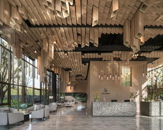 1_Sansiri-OkaHaus-10 Oka Haus / Anonym Architecture