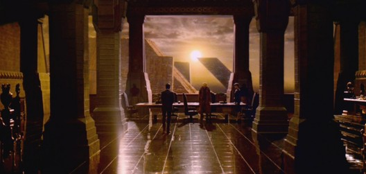 """The architecture in the original <em>Blade Runner</em> shows more of a """"civic soul"""" than its successor. Image © 1982 Warner Bros. Entertainment Inc. <a href='https://theredlist.com/wiki-2-17-513-863-823-1226-view-fantasy-sci-fi-6-profile-1982-bblade-runner-b-1.html'>via The Red List</a> (used under fair use)"""
