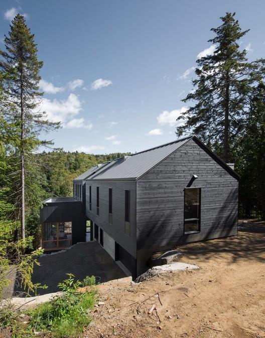 42038-main_1678-3_42038_sc_v2com De La Canardière Residence / BOOM TOWN Architecture