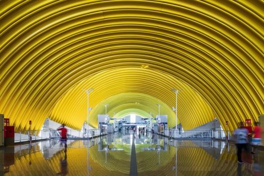 Estações da Linha 2 - CCR Metrô Bahia / JBMC Arquitetura e Urbanismo. Image© Nelson Kon