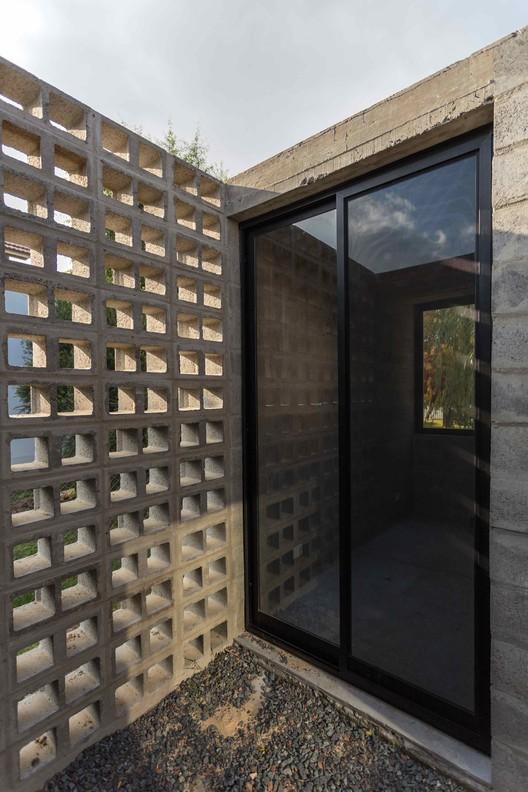 5 PRO.CRE.AR PERROUD House / AToT - Arquitectos Todo Terreno Architecture