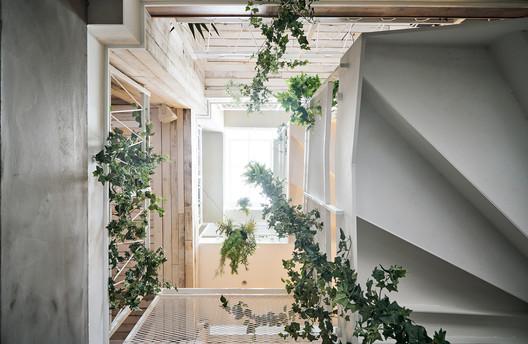 11-1FHAO-B2E_CLOSE-032 Bite to Eat / HAO Design Architecture