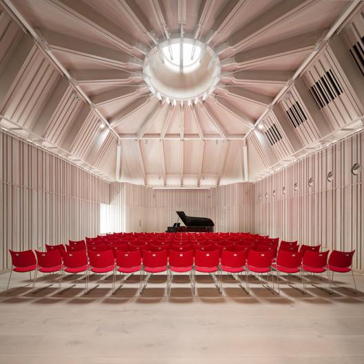 Royal Academy of Music – The Susie Sainsbury Theatre & The Angela Burgess Recital Hall / Ian Ritchie Architects. Image © Adam Scott
