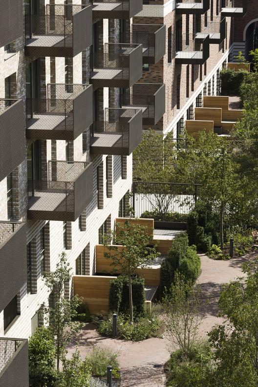 South_Gardens_2728_Tim_Crocker_PRESSIMAGE_5 93-Building Shortlist Announced for 2018 RIBA London Awards Architecture