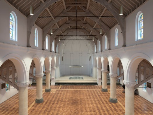 St Augustines Church /  Roz Barr Architects . Image © John Maclean