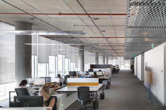 05-PANEL_02-4 Dogus Technology Center / ERA Architects Architecture