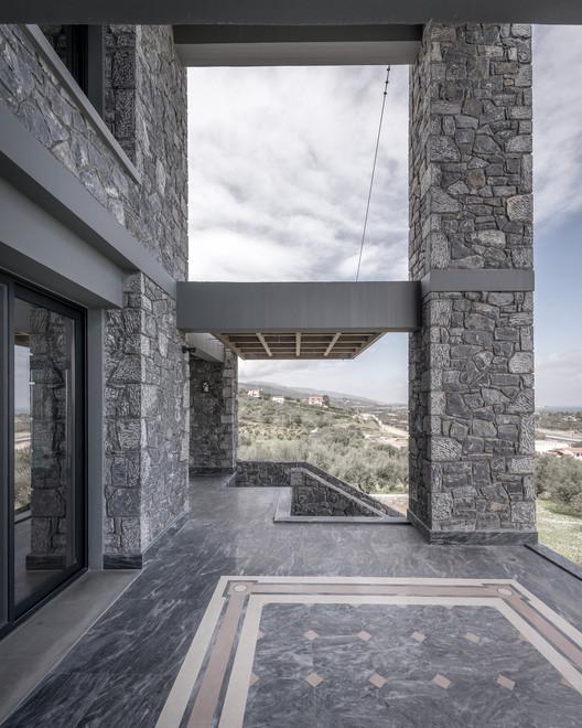 Katsimpiri7_800_2951 Olive and Stone Residence / Nikos Mourikis Architecture