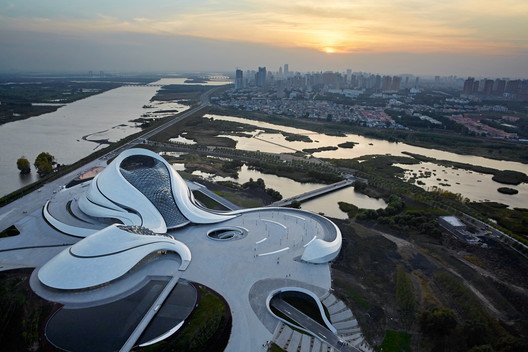 """MAD_Harbin_Opera_House_001_%C2%A9Hufton_Crow Ma Yansong: """"Some People May Say My Work Is Futuristic, But I See It as Traditional"""" Architecture"""