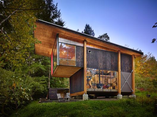 11015_00_Scavenger_Hut_N19 Scavenger Studio / Eerkes Architects + Olson Kundig Architecture
