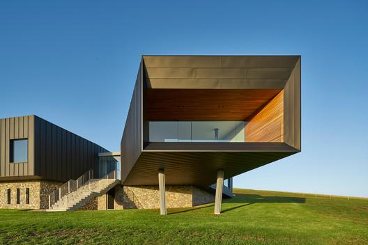 MNP3868-166-LR Dovecote / Atelier Andy Carson Architecture