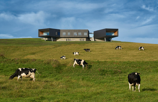 MNP3868-945-LR Dovecote / Atelier Andy Carson Architecture