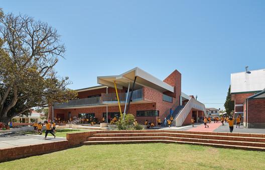 171109_Highgate_PS_1952 Highgate Primary School / iredale pedersen hook architects Architecture