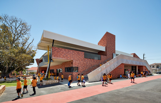 171109_Highgate_PS_1992 Highgate Primary School / iredale pedersen hook architects Architecture