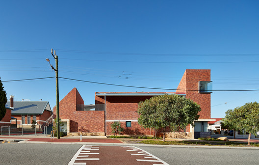 Courtesy of iredale pedersen hook architects
