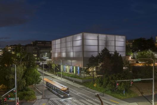 UW_WCUP_007_Copyright_Lara_Swimmer University of Washington West Campus Utility Plant / The Miller Hull Partnership Architecture