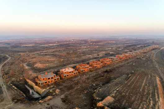 Sand_Castles_part_II_%C2%A9_Markel_Redondo03 Beauty or Tragedy? Aerial Imagery of Spain's Abandoned Housing Estates Wins DJI Drone Photography Award Architecture