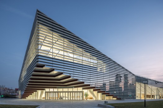 Cantilever Grey Space at Main Entrance of the Building. Image © Kai Wang