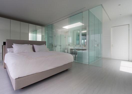 House_13_-_15_Master_Bedroom House 13 / INSADA Architecture