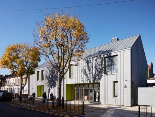 Sandringham Central at Sandringham Primary School / Walters & Cohen Architects. Image © RIBA