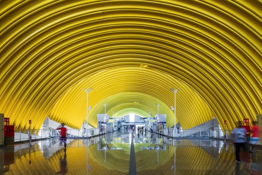 Typical Metro Stations - Line 2 Bahia in Salvador, Bahia, Brazil / JBMC arquitetura e urbanismo. Image © Nelson Kon