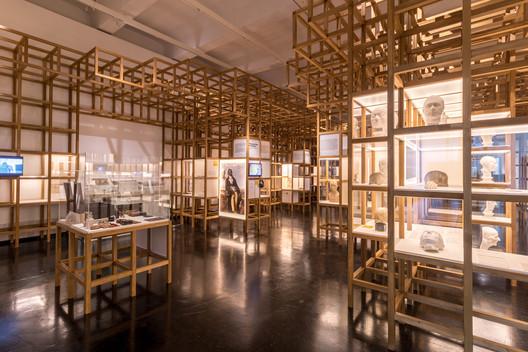 DHMD_Raum_1_2 Kéré Architecture Designs Sceneography for Exhibition on Racism Architecture