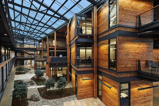 Benjamin_Benschneider 15 Impressive Atriums (And Their Sections) Architecture