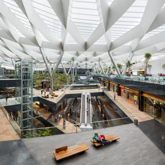 Rafael_Gamo 15 Impressive Atriums (And Their Sections) Architecture