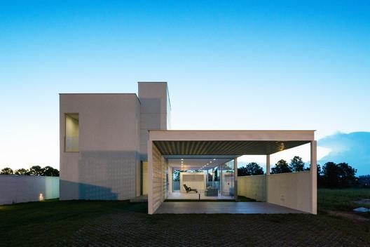 feature_image InOut House / Sergio Sampaio Arquitetura + Planejamento Architecture