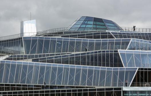 %C2%A9Jacques_Ferrier_Architecture___Photo_Luc_Boegly_2 Water Park Aqualagon / Jacques Ferrier Architecture Architecture