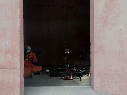 14 Tejorling Radiance Temple / Karan Darda Architects Architecture