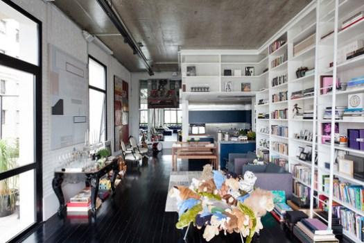 Loft no Itaim / FGMF Arquitetos. Image © Fran Parente