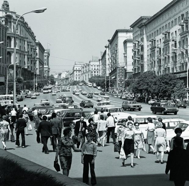 100 años de vivienda colectiva en Rusia, Calle Gorky (calle Tverskaya), Moscú, 1978. Imagen Cortesía de Vasily Egorov, TASS