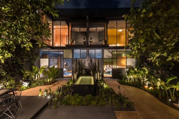 Hotel Ignacia / Factor Eficiencia + A-G Interiorismo. Image © Javier Navarro Soto