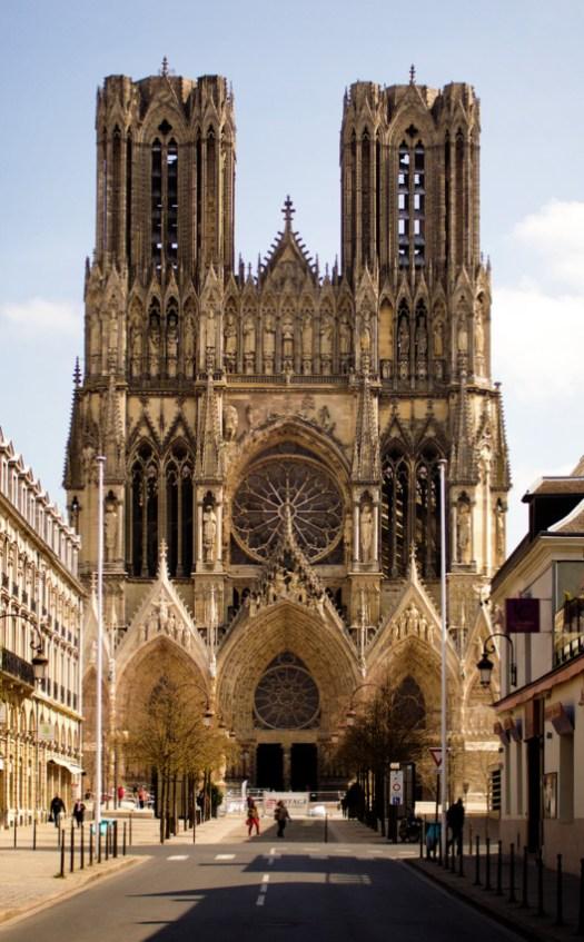 Reims Cathedral. © Johan Bakker, via Wikimedia. License CC BY-SA 3.0