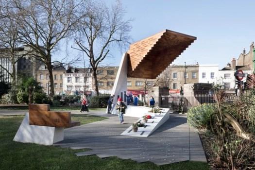 Bethnal Green Memorial, London / Arboreal Architecture. Image © Marcela Spadaro