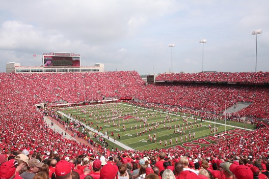 22. Memorial Stadium / Lincoln, Nebraska, USA. Image courtesy of flickr user asten. Licensed under CC BY-NC 2.0