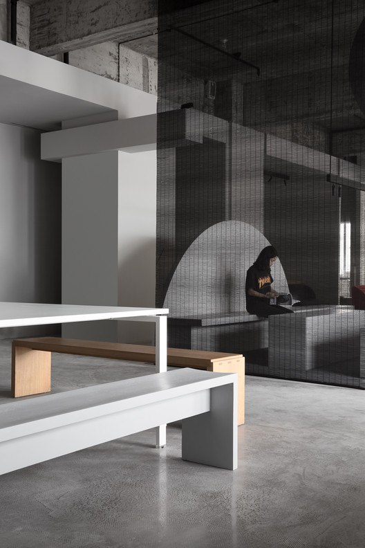 Open Office Area. Image © Ouyang Yun