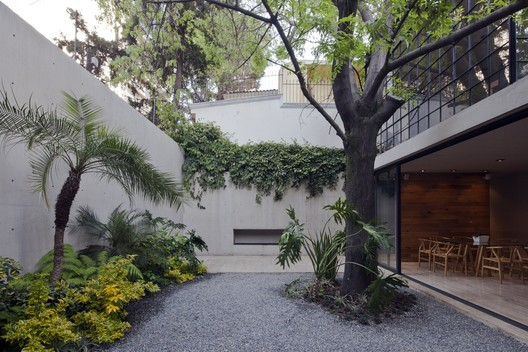 Casa Estudio Hill / CCA Centro de Colaboración Arquitectónica. Image © Onnis Luque