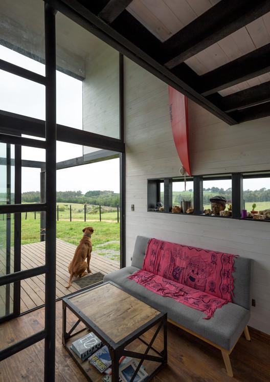 9 BL 2 House - Hammer Cabin / UMWELT Architecture
