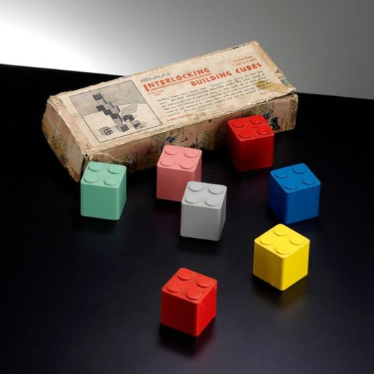 Bri-Plax Interlocking Building Cubes, a Hilary Page design. Made in England. 1939.. ImagePhotograph by Chas Saunter, hilarypagetoys.com