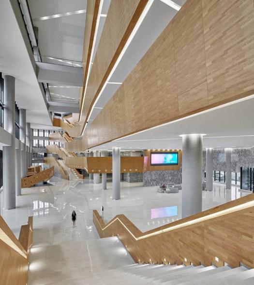 Atrium. Image © Bin Zhao (Unique Architecture Photography)
