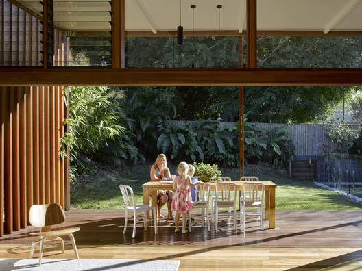 42502 Gresham Street House / Jackson Teece Architecture