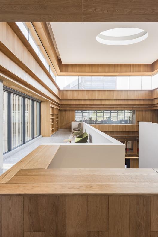 BRIDGE-289-X B Campus / AIM Architecture Architecture