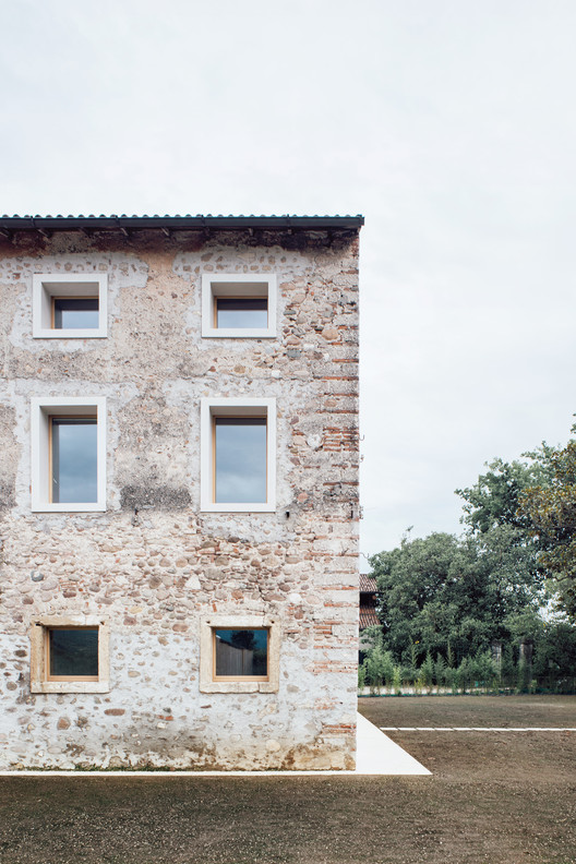 WOK_1026 A Country House in Chievo / studio wok Architecture