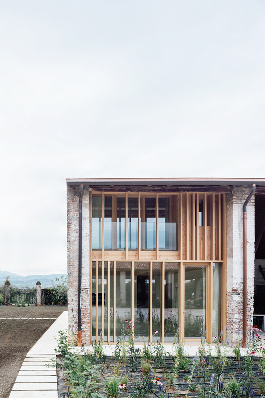 WOK_1027 A Country House in Chievo / studio wok Architecture