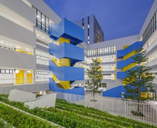 Primary school atrium. Image © Schran Image