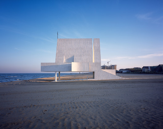 Seashore Chapel / Vector Architects. Image © Vector Architects, Chen Hao