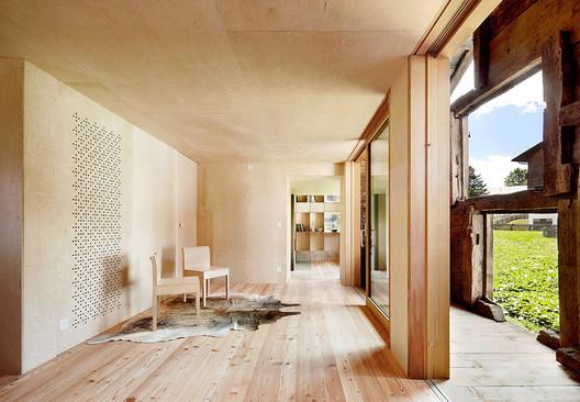 Casa C / Camponovo Baumgartner Architekten. Image © José Hevia