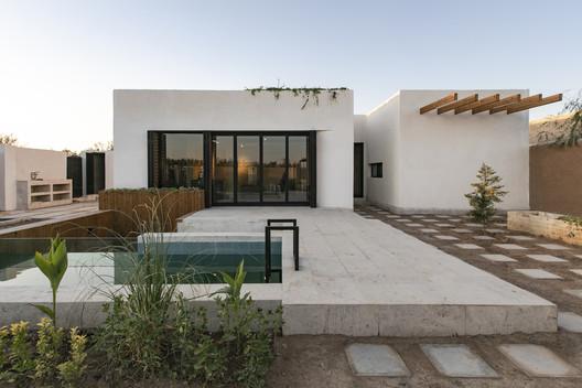 White Villa Ez Studio Architectural Autocad Drawings Blocks Details Download Center