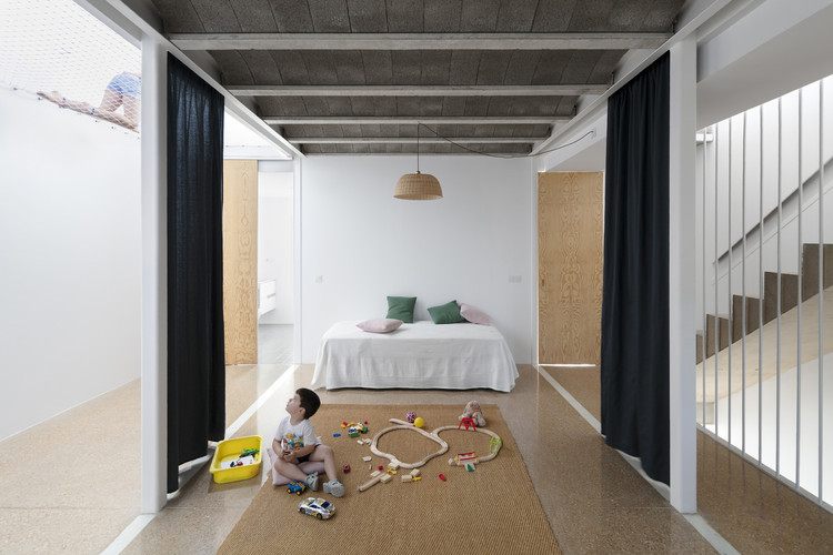 curtains as room dividers towards a
